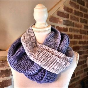 Handmade infinity scarf,Lilac scarf,🆕😍